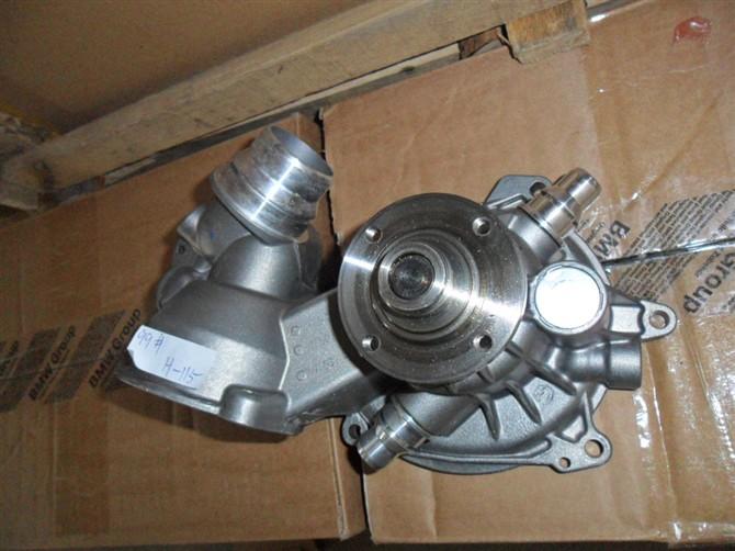 1.6宝马迷你水泵发动机结构图