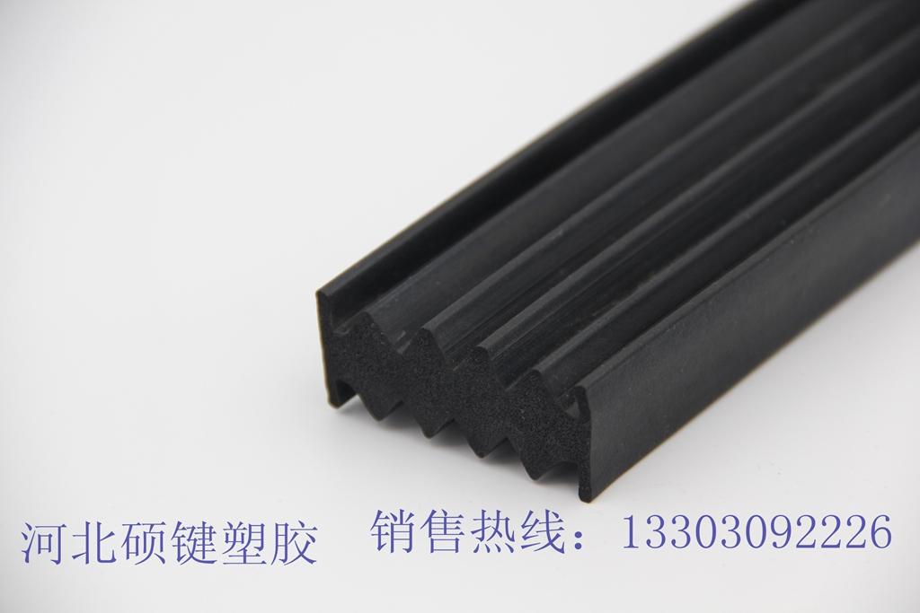 三元乙丙异形密封条哪里有,哪里能买到高性价橡胶管