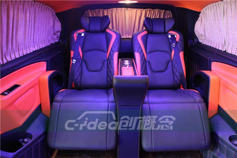深圳奔驰威霆改装商务房车内饰,加装带脚托航空座椅