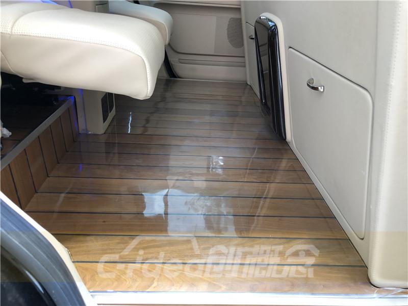 林肯领航员改装木地板 升级豪华内饰 木地板装潢设计