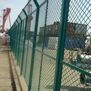 供青海德令哈钢丝网围栏和格尔木网围栏报价