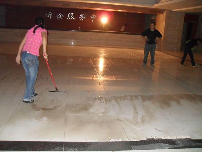 如何选择好的专业清洁保洁公司 广州越秀外墙补漏公司电话多少