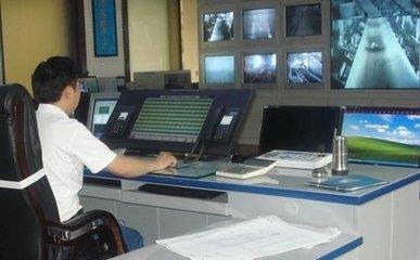 久泰礦用程控調度機廠家