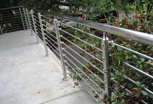 不銹鋼欄桿厚度規范