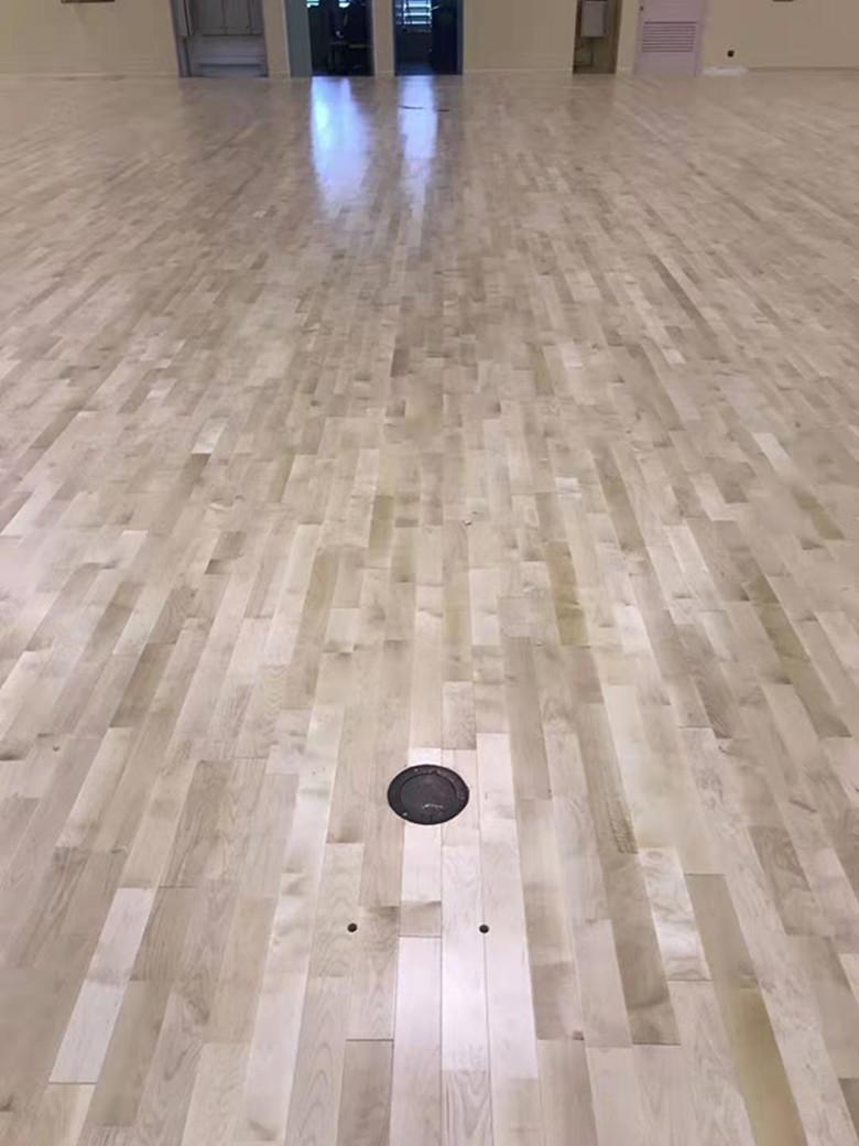 22厚籃球館木地板什么牌子好