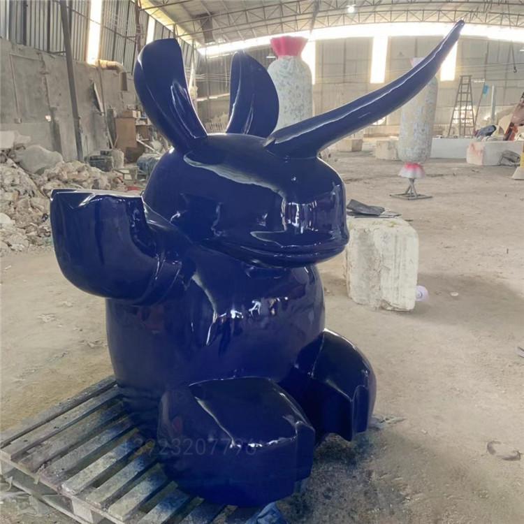 公仔造型玻璃鋼卡通雕塑生產廠家