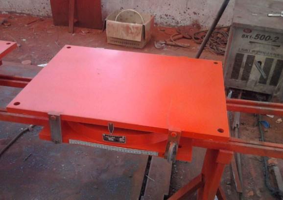錫林郭勒盟專業定做盆式橡膠支座規格