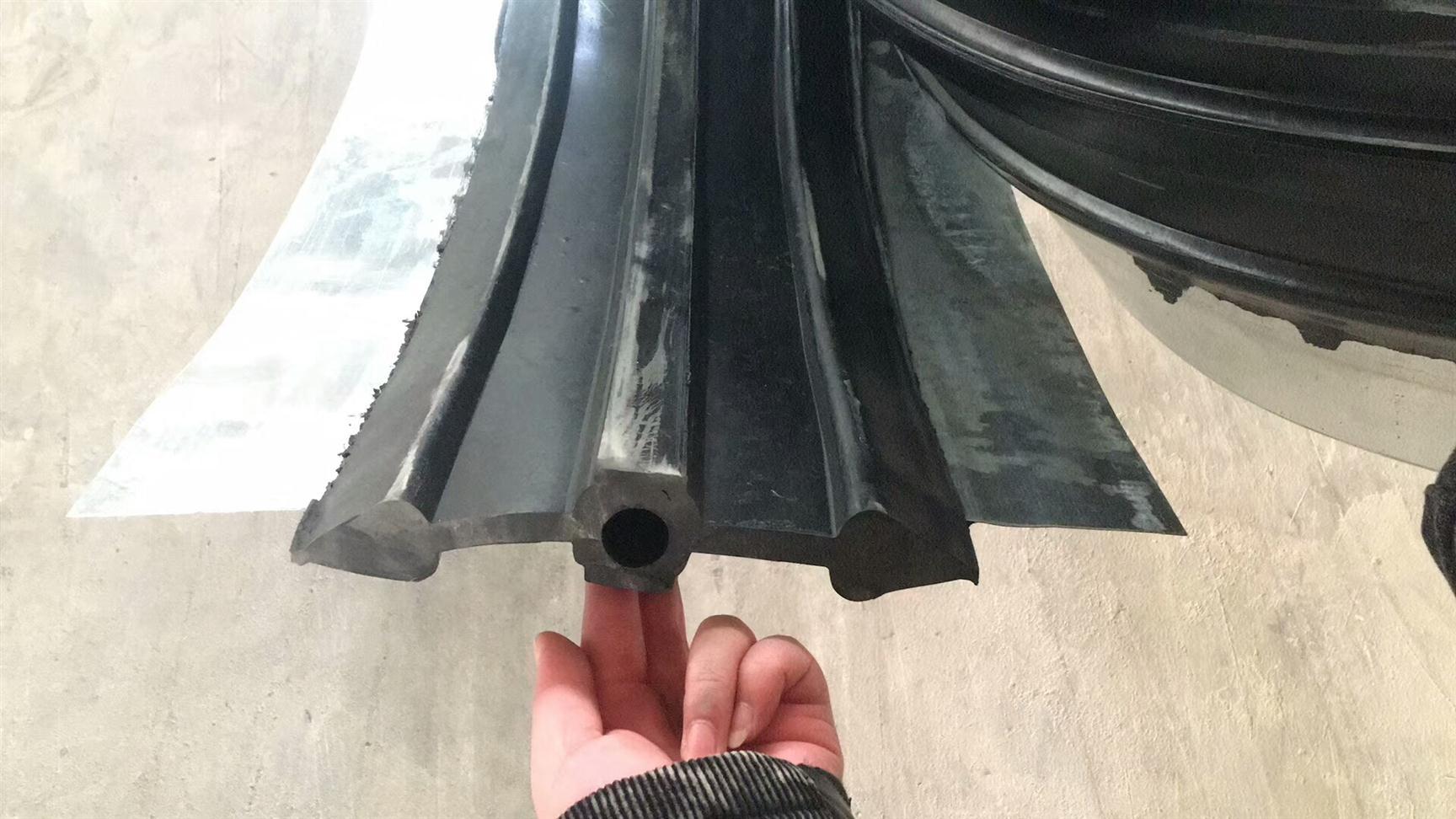 呼和浩特原裝進口外貼式橡膠止水帶