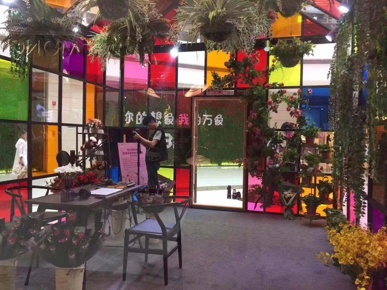 人氣道具七彩玻璃小屋銷售價格