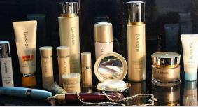 化妝品國際快遞到美國 專業化工品出口 晶體粉末液體十年