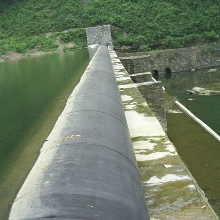 成都十年老廠橡膠壩電話 橡膠水壩