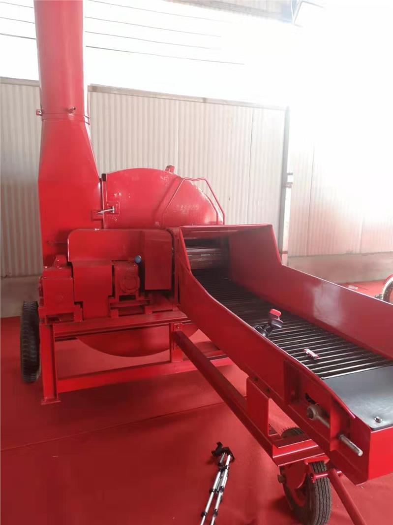 4噸鍘草粉碎機廠家