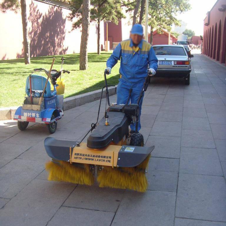 道路掃雪機