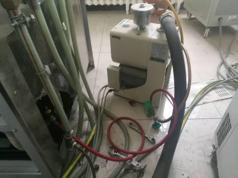 海爾商用空調加氟移機