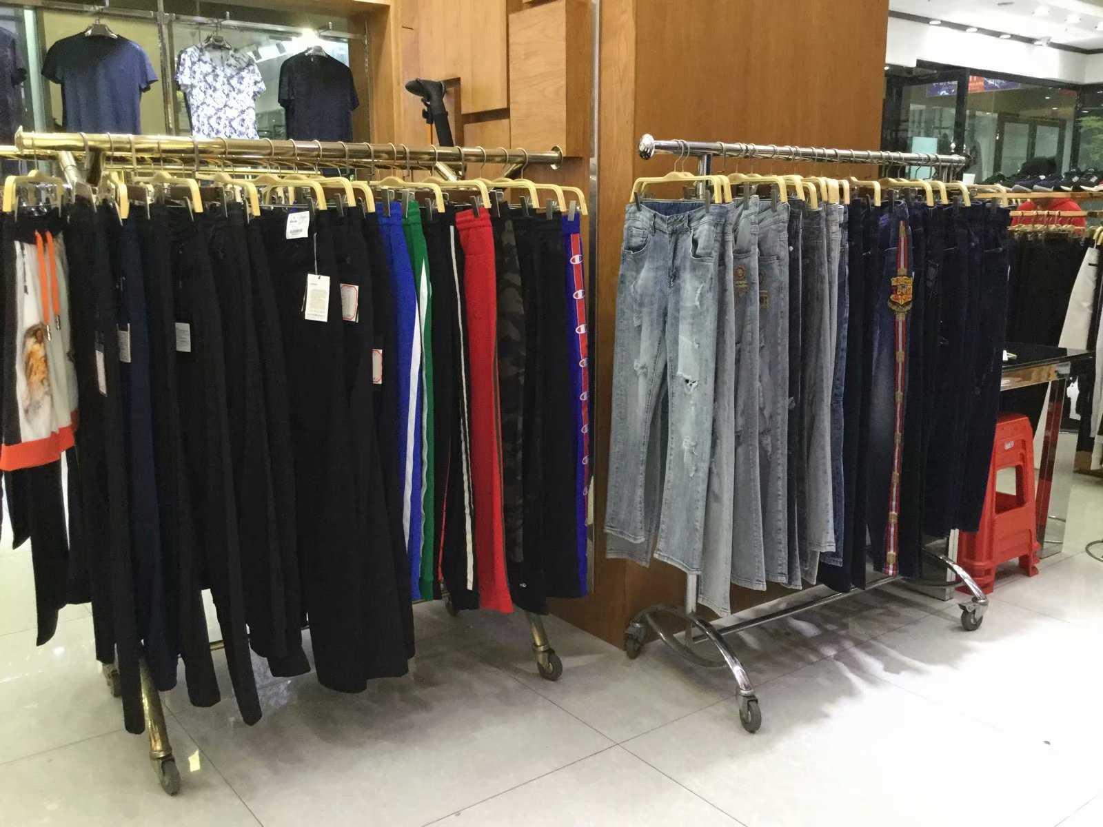 服装男装尾货批发市场在哪里批发 品牌男装尾货批发