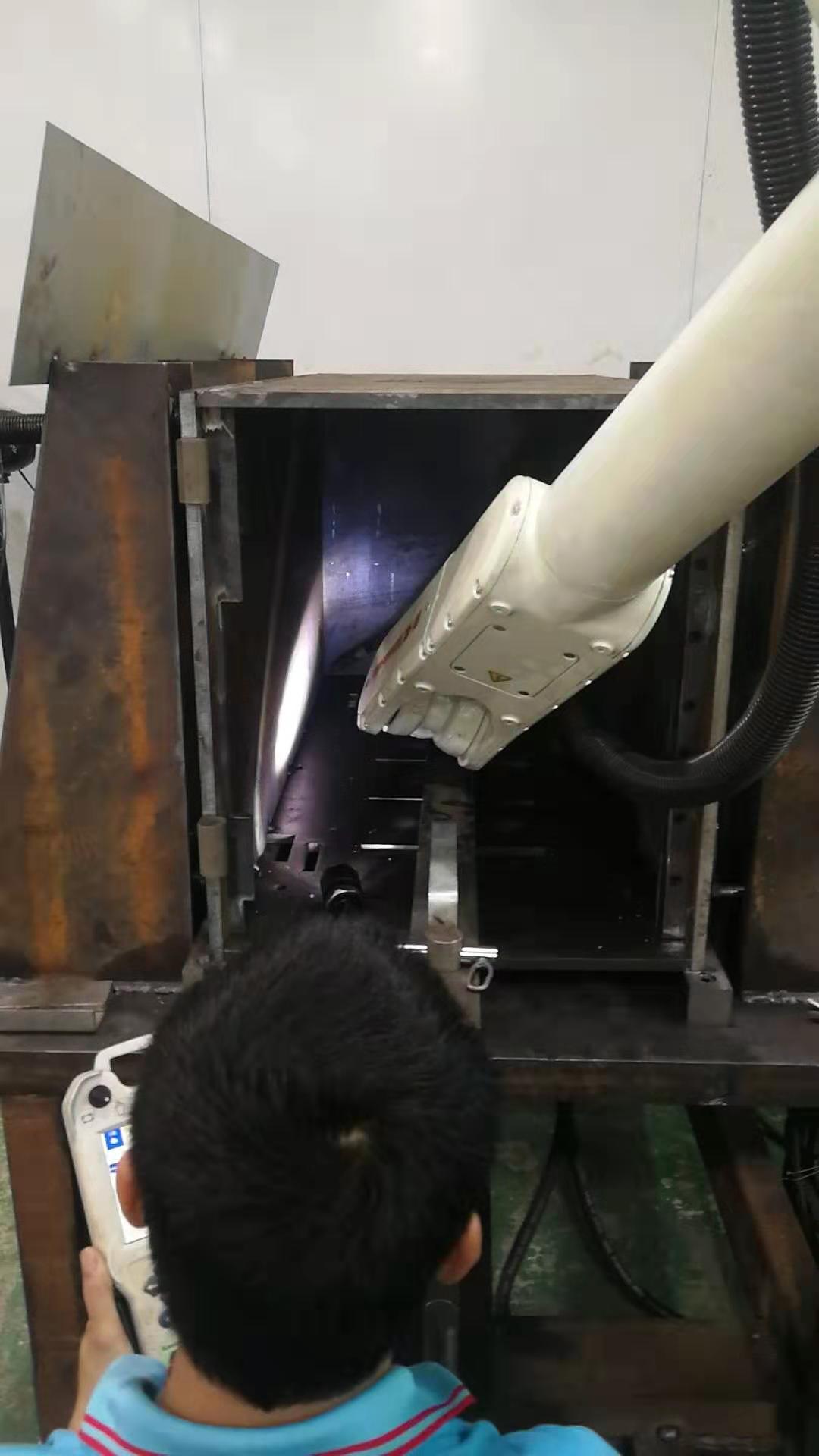 东莞机械手焊机价格 机械手焊接设备 高效节能 欣东港