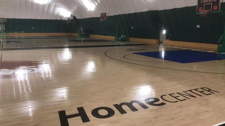 现场做漆体育馆木地板什么牌子好 规格齐全 安装方便