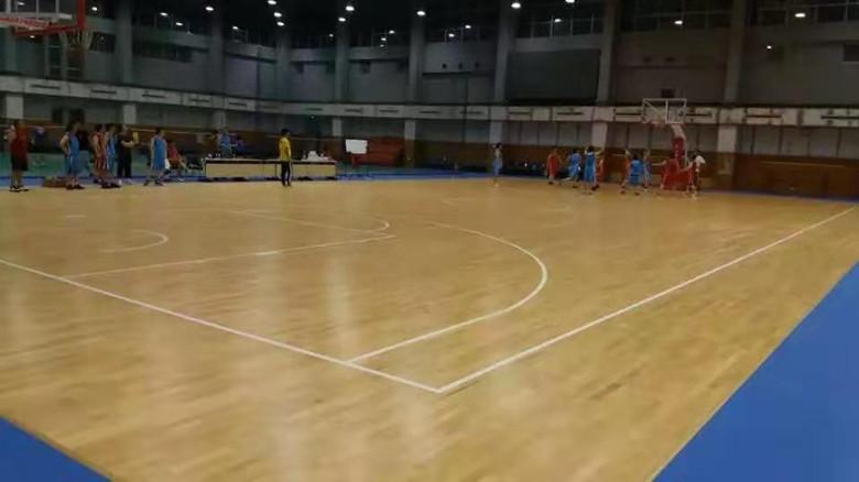 道县双龙骨羽毛球馆木地板批发 羽毛球馆运动木地板