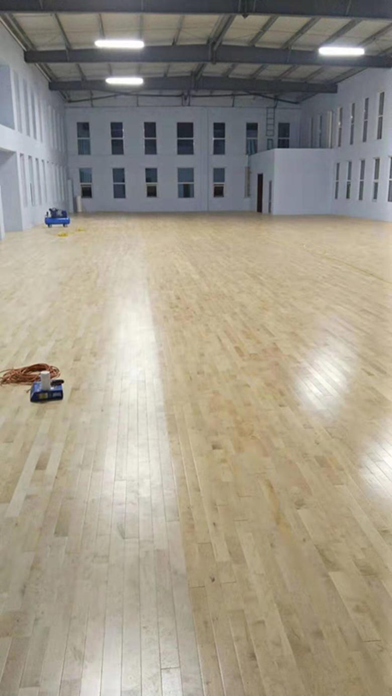 道县双龙骨羽毛球馆木地板批发