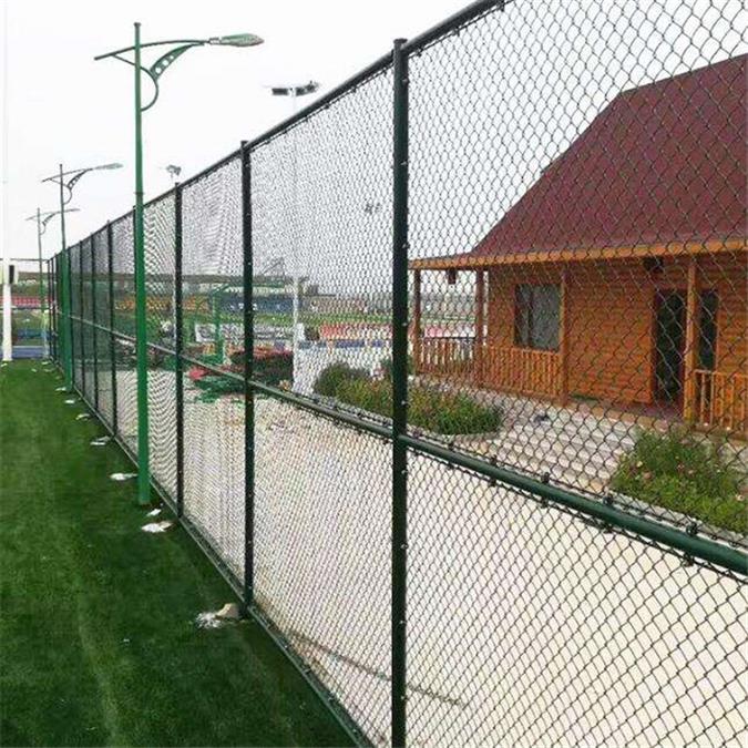 沧州球场护栏费用 体育场护栏
